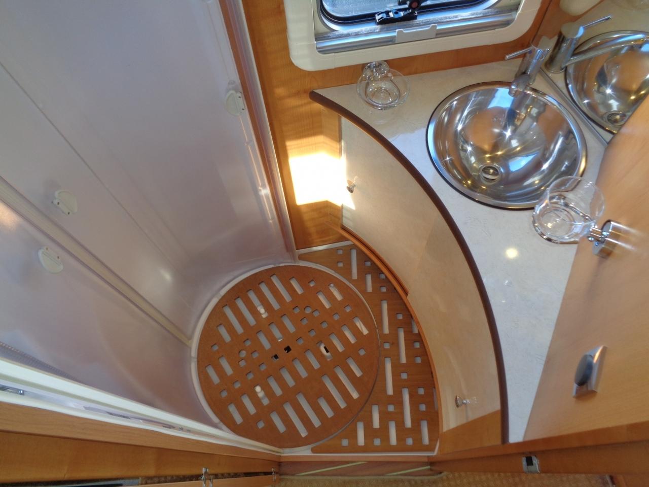 camping car rapido 700ff fiat en occasion. Black Bedroom Furniture Sets. Home Design Ideas